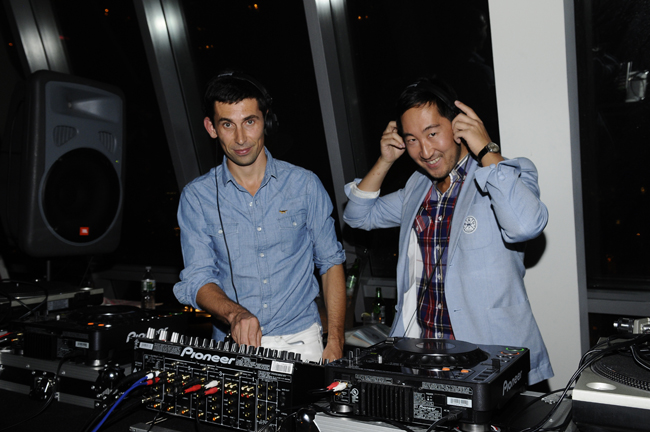 Gildas and Masaya DJing at the Kitsune Me Magazine Party